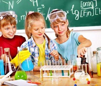 Koła naukowe dla dzieci: Wiedza nas bawi ponownie w szkole!
