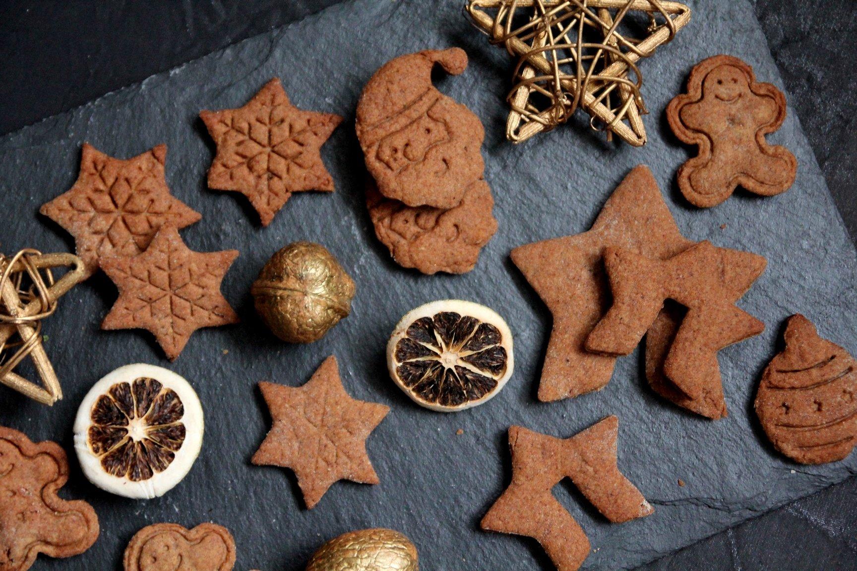 pierniki-pierniczki-pomarańczowe-gingerbread-cookies-book-me-a-cookie-przepis-9-Kopiowanie