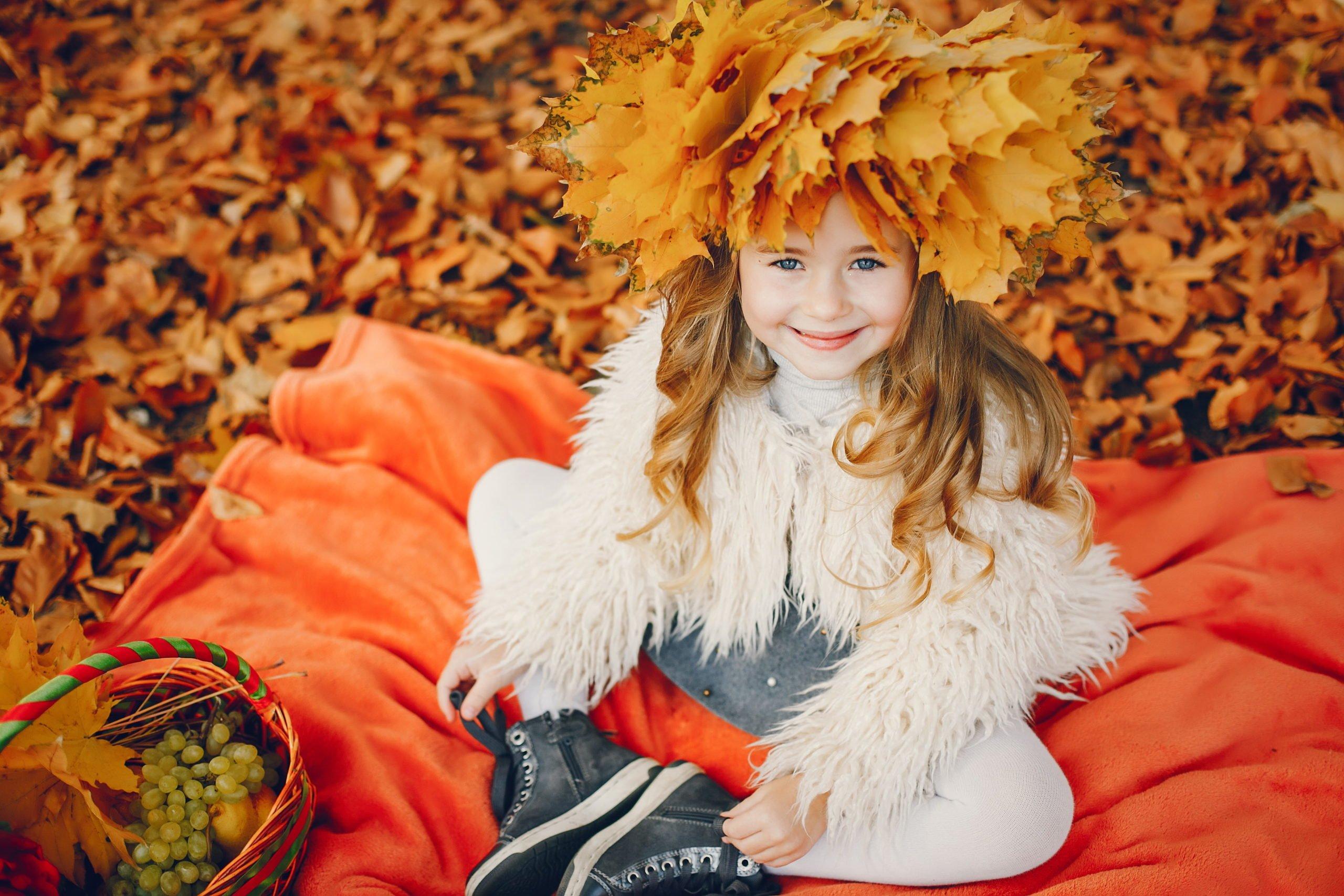 Co można zrobić z liści, DIY dla dzieci, jesienne zabawy