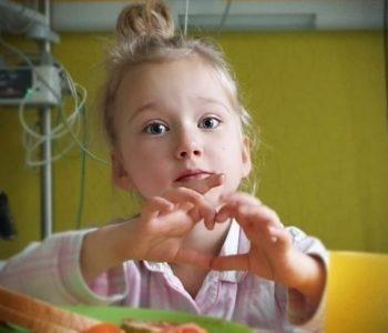 Serce dla Ingi – Inga może wygrać normalne życie dzięki jednej operacji. Dołącz do zbiórki!
