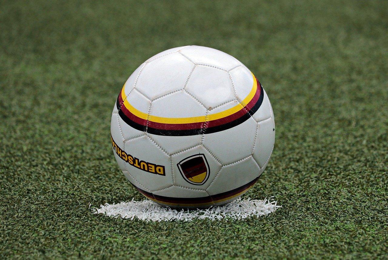 Zajęcia piłki nożnej dla dzieci 4-12 lat