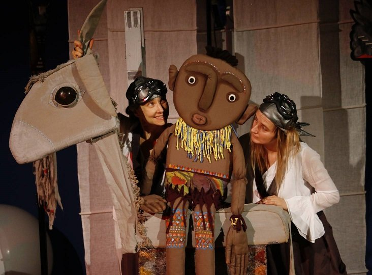 Dobranocki teatralne online: Księżyc'owe Opowieści
