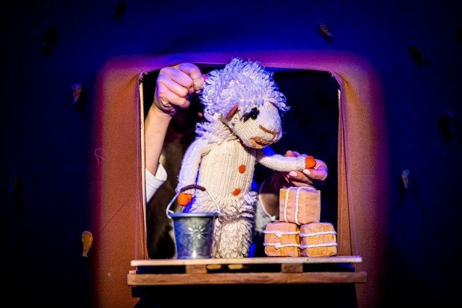 Sobotnie bajdurki: Owieczka Bella w wykonaniu Teatru Gili-Gili