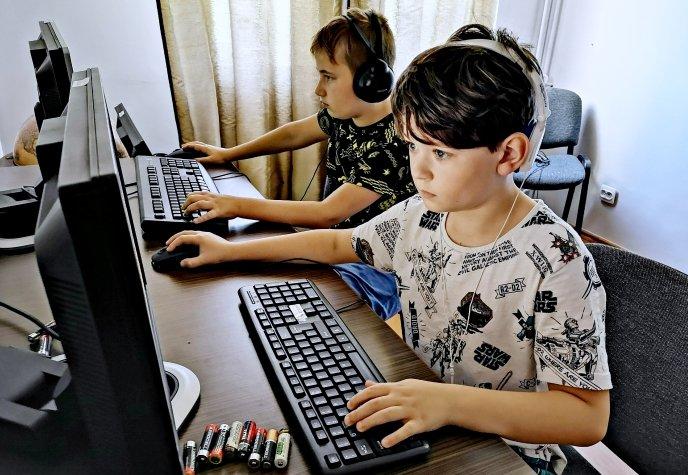 Interkamp Junior – Gry, Roboty, Komputery. Wakacyjne wyjazdy dla dzieci. Zapisy!
