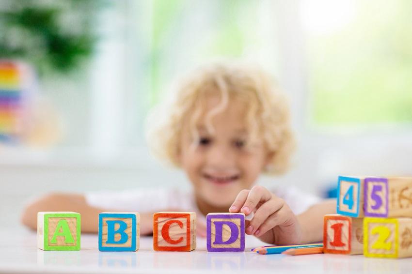 Jak zaszczepić dziecku miłość do nauki angielskiego – 10  lifehacków dla współczesnego rodzica