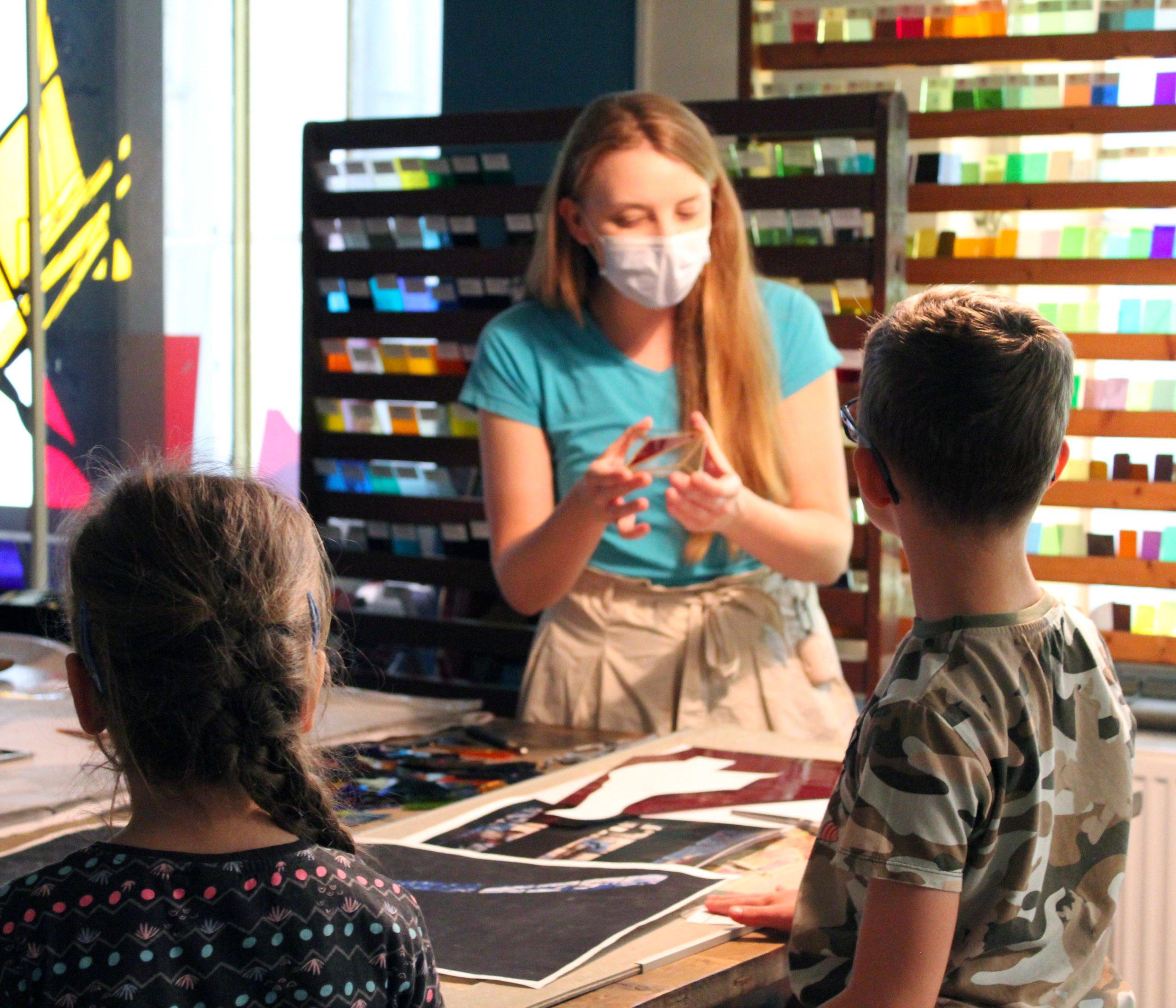 Sobotnie Poranki w Muzeum Witrażu - Witrażowe Wiatraki