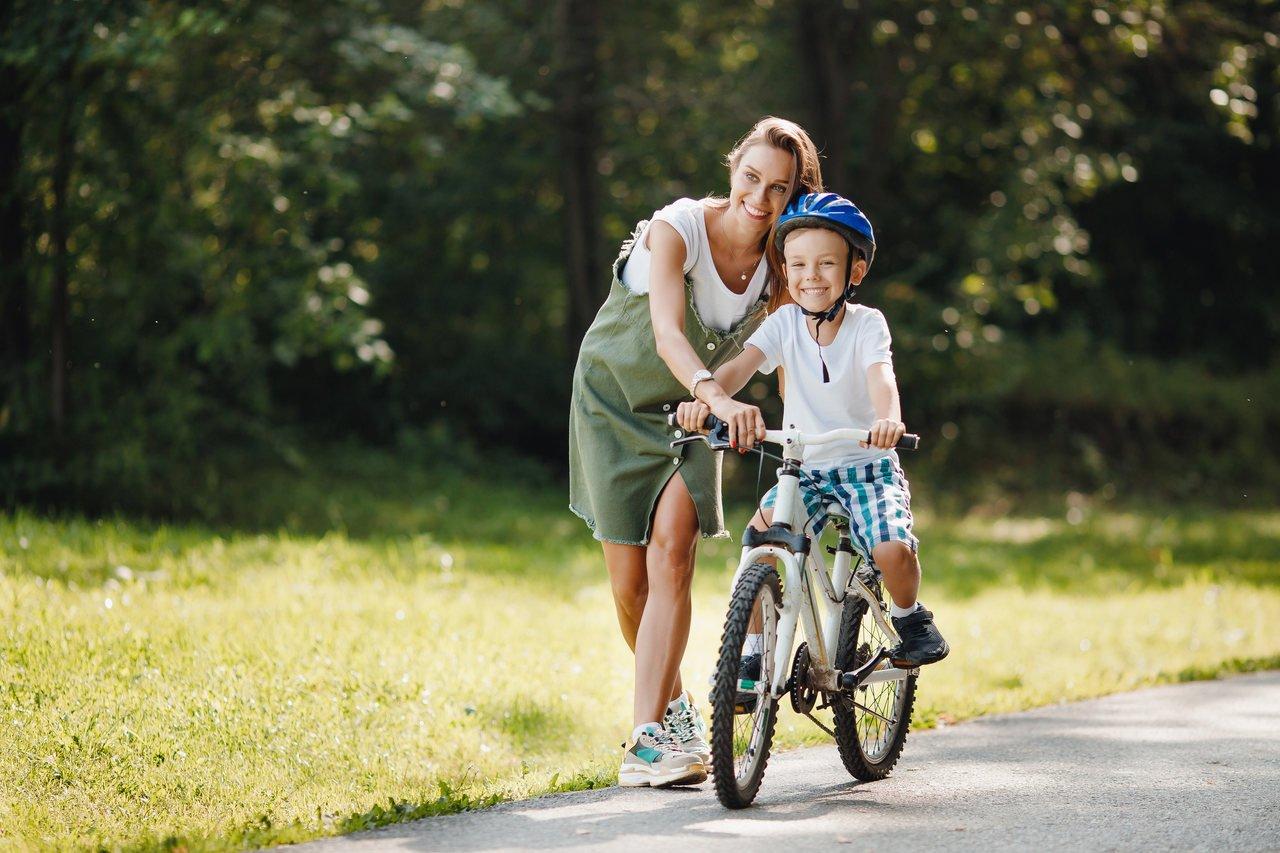 Kupujemy rower dla dziecka! Wszystko, co musisz wiedzieć o rozmiarze ramy i kół