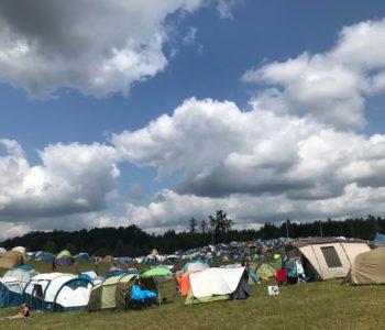 Namioty na festiwalu wibracje