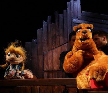 Niedźwiedź i Masza czyli gdzie moja kasza – spektakl Teatru Lalki