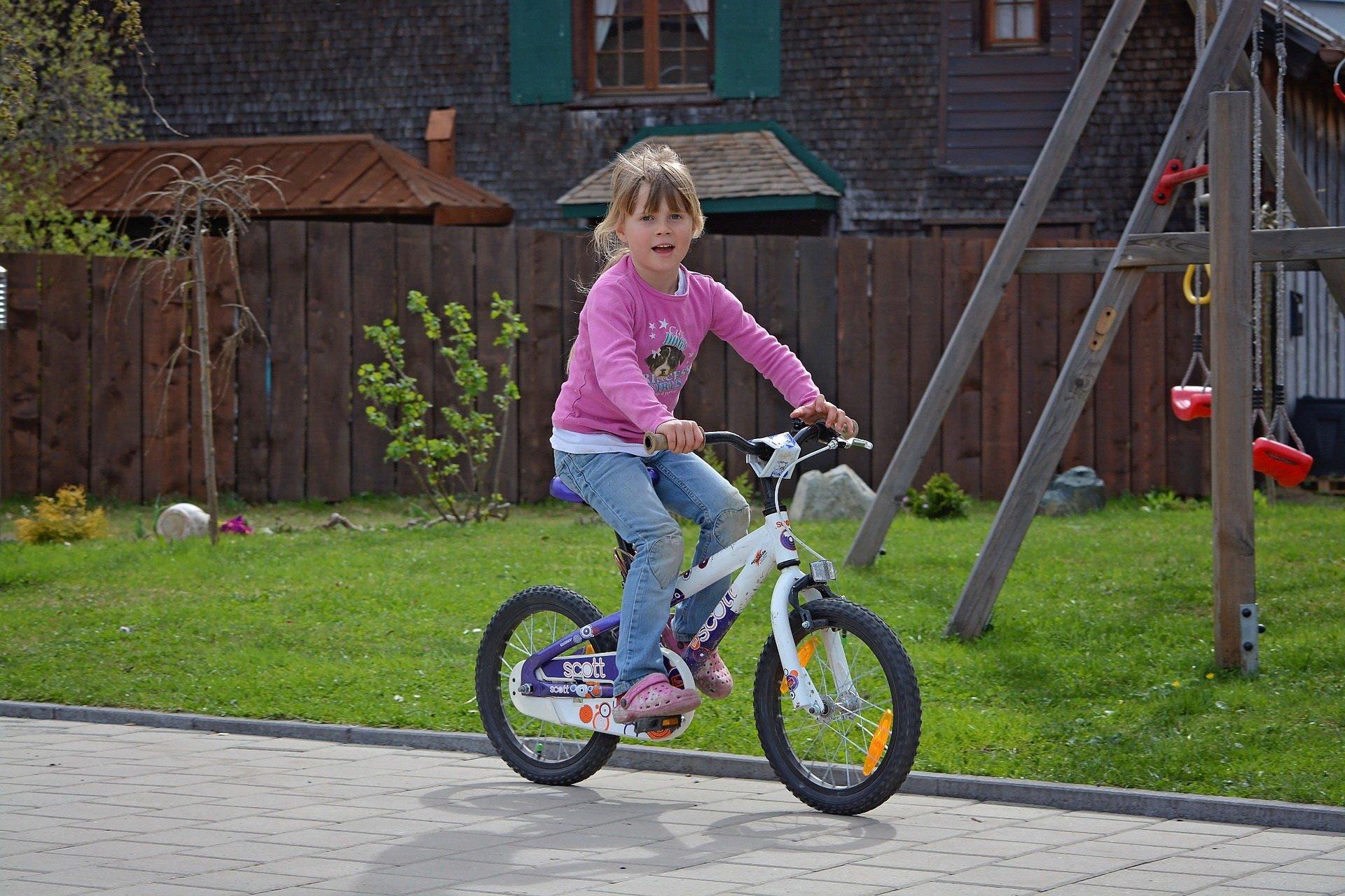 wierszyk o rowerze wierszyki dla dzieci