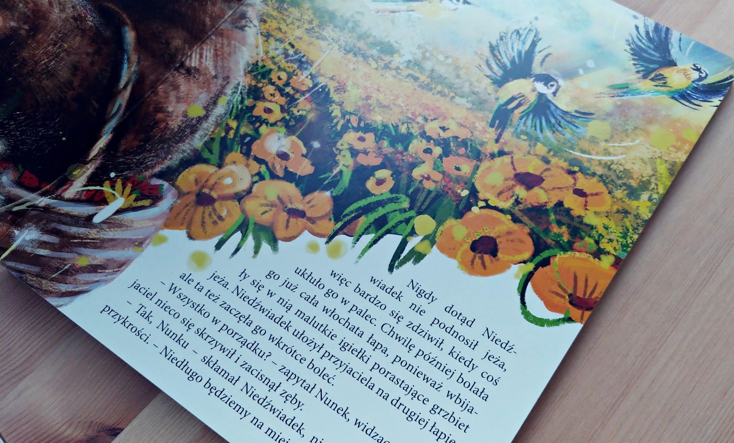 To nic złego prosić o pomoc – recenzja książki Niedźwiadek chce pomagać
