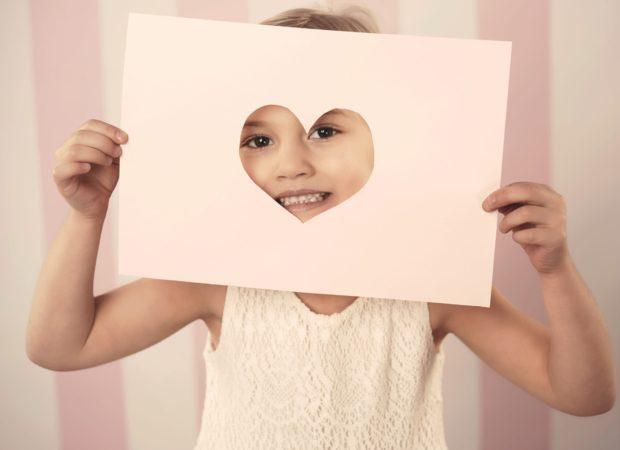 Jak zrobić kartkę walentynkową DIY dla dzieci