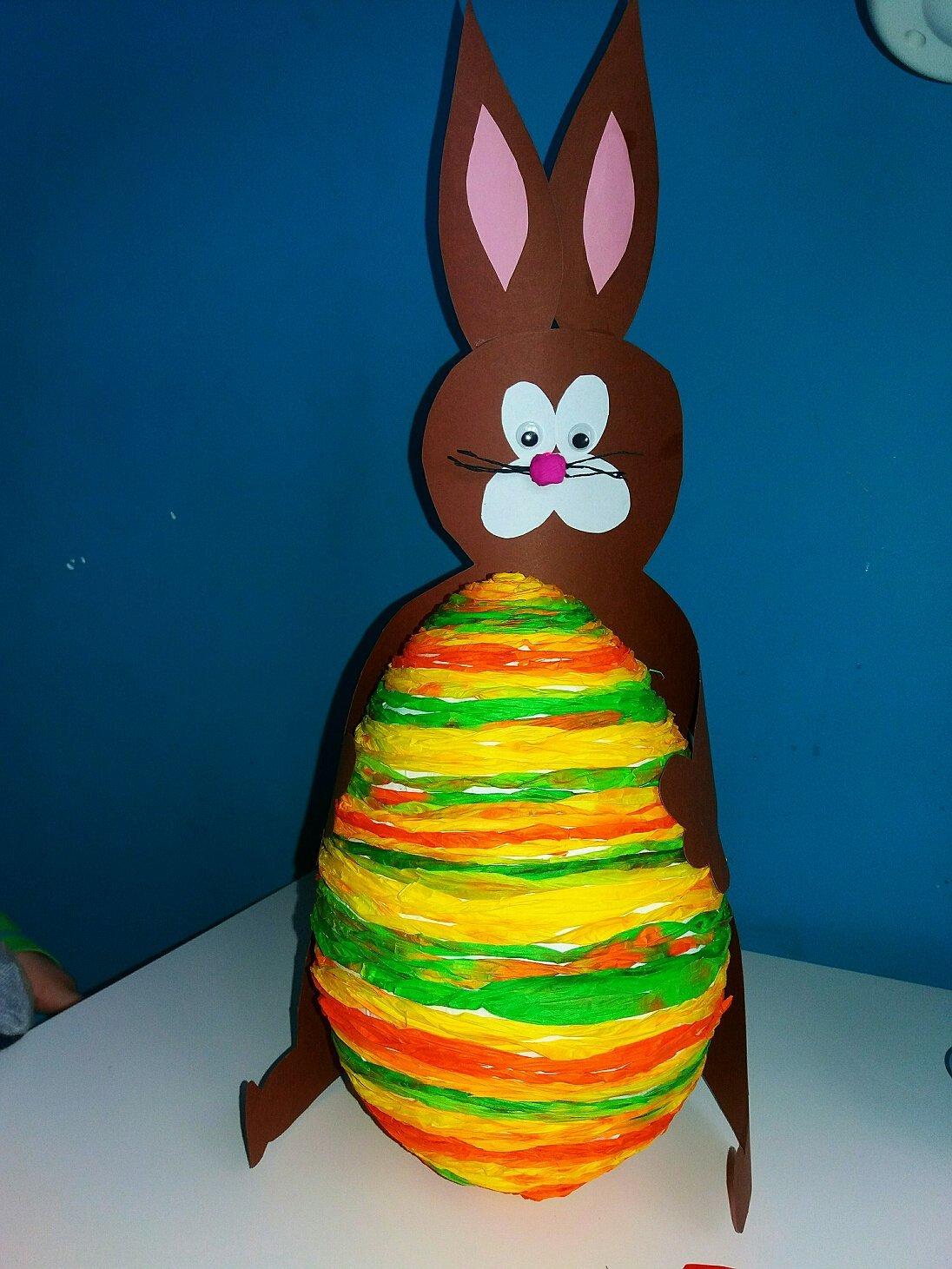 zajaczek z jajkiem