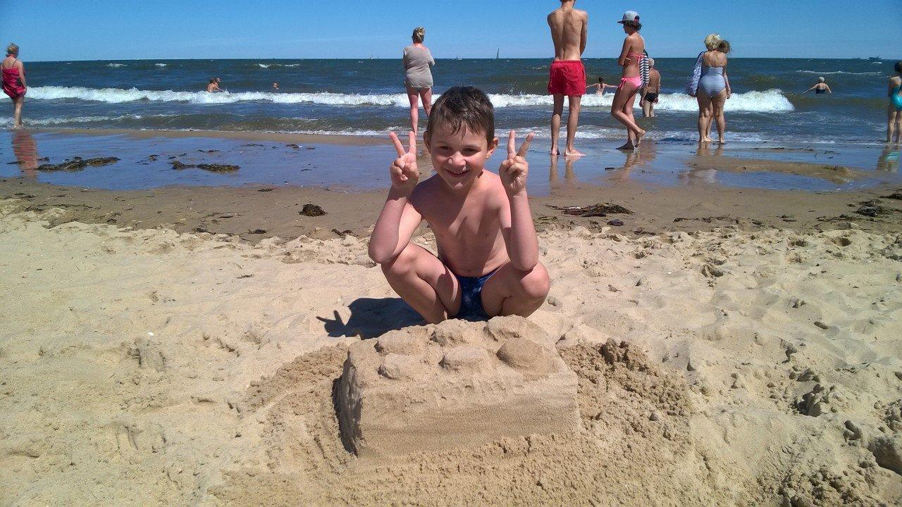 Nawet na plaży Lego musi być;-)