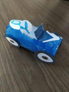 Co można zrobić z rolki po papierze toaletowym? 40 pomysłów na zabawę z rolkami