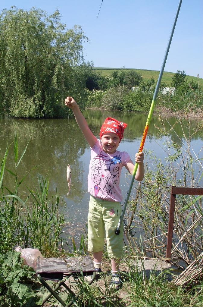 Zosia odkryła w sobie pasję wędkowania