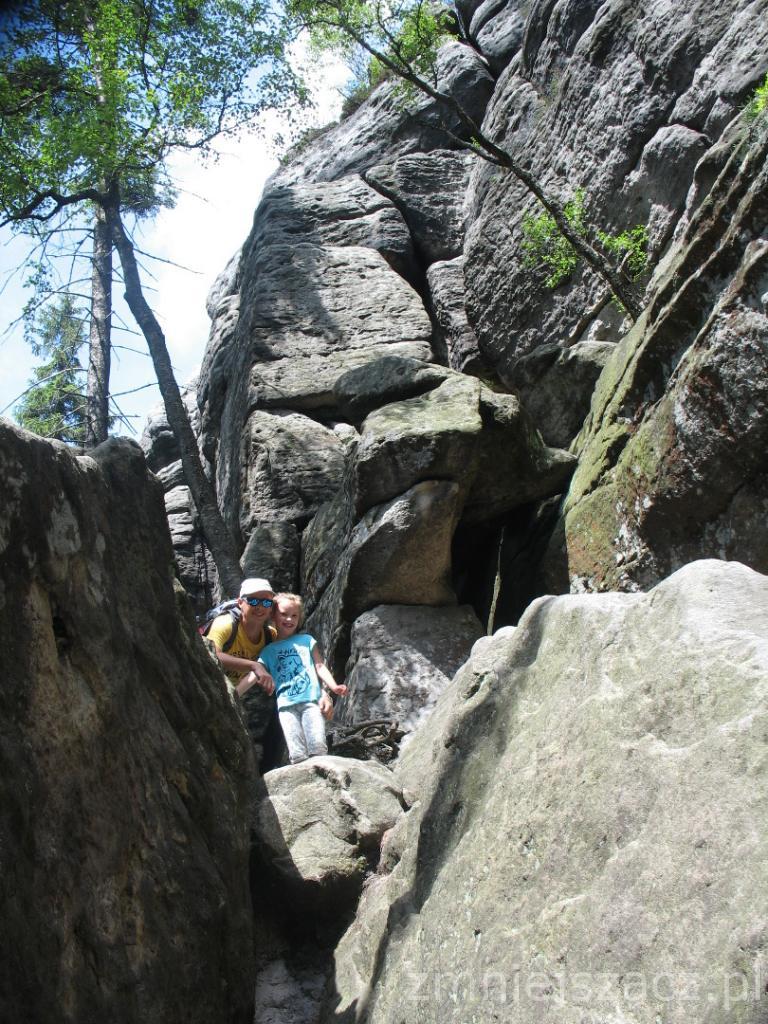 W paszczy kamiennego olbrzyma :)